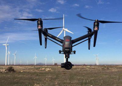 Inspección de aerogeneradores con el dron DJI Inspire 2