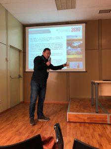 ACG Drone_Guillermo de Roda en un momento de la presentación durante Tecnovid 2018_Viñedo y Olvar