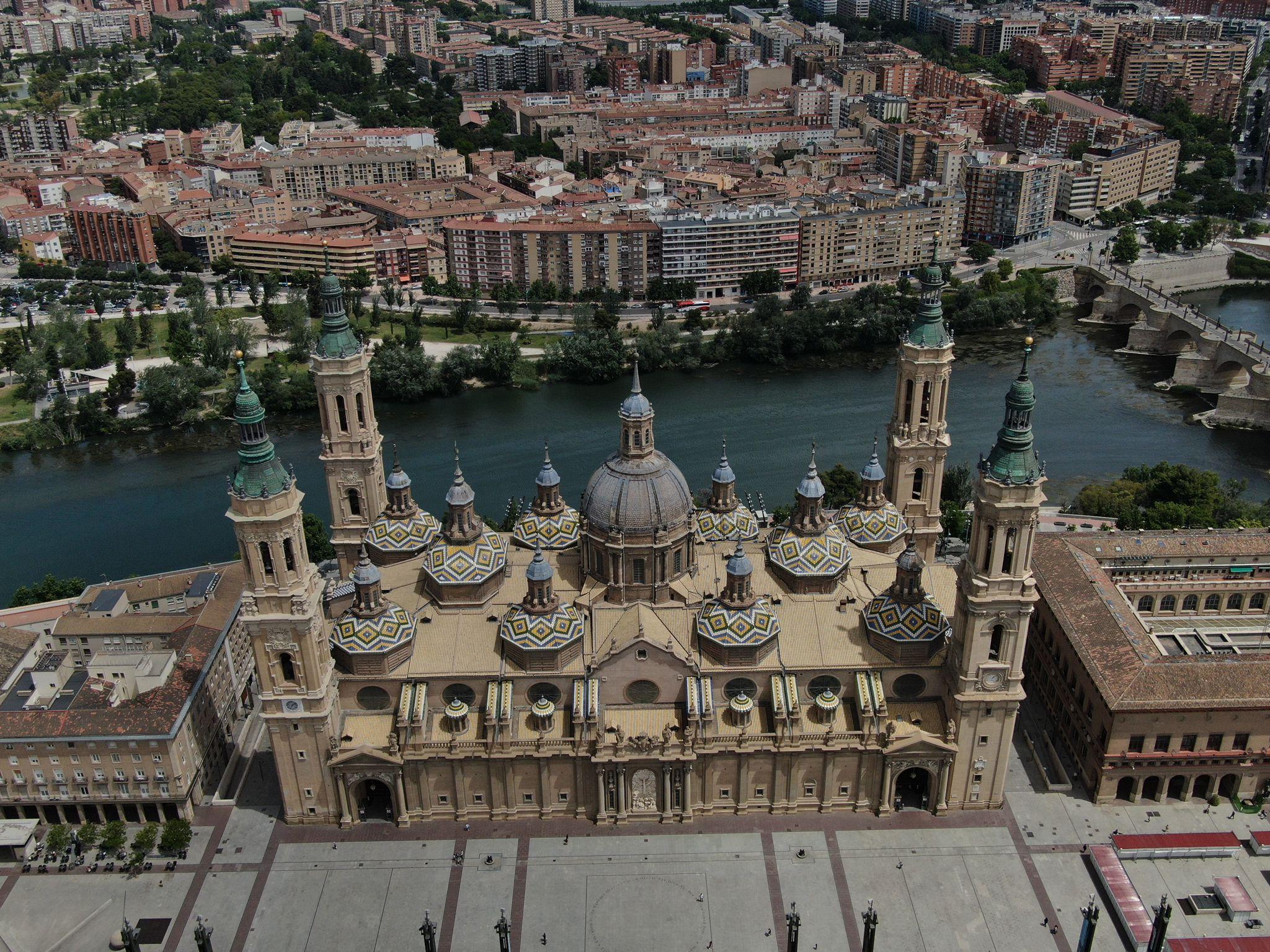 ACG Drone - Vuelo urbano - Basílica del Pilar en Zaragoza